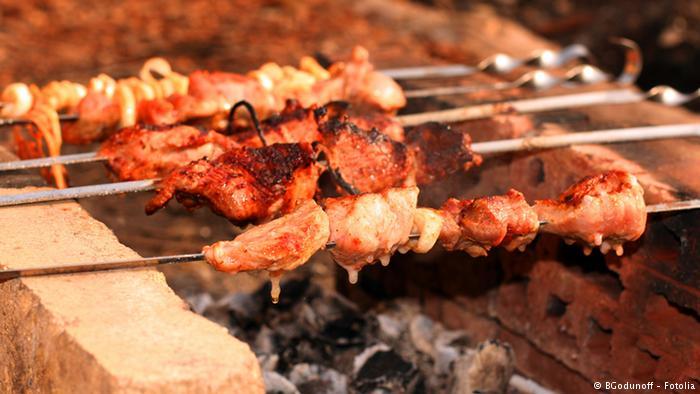 لعشاق اللحوم المشوية.. إحذروآ  الأطعمة المحترقة