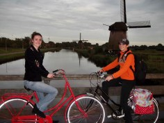 Savannah and Bre Alkmaar