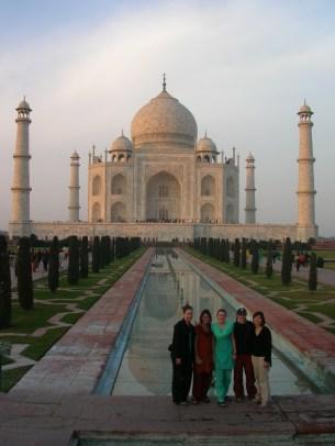 Alysha, Maggie, Savannah, Bre and Sandra - Agra