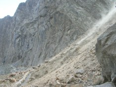 A small rock slide to scare us
