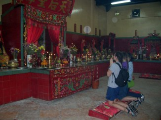 We were introduced to a wide range of traditional songs and food as well as to Mr. Buddha in my very first incense-permeated monastery.