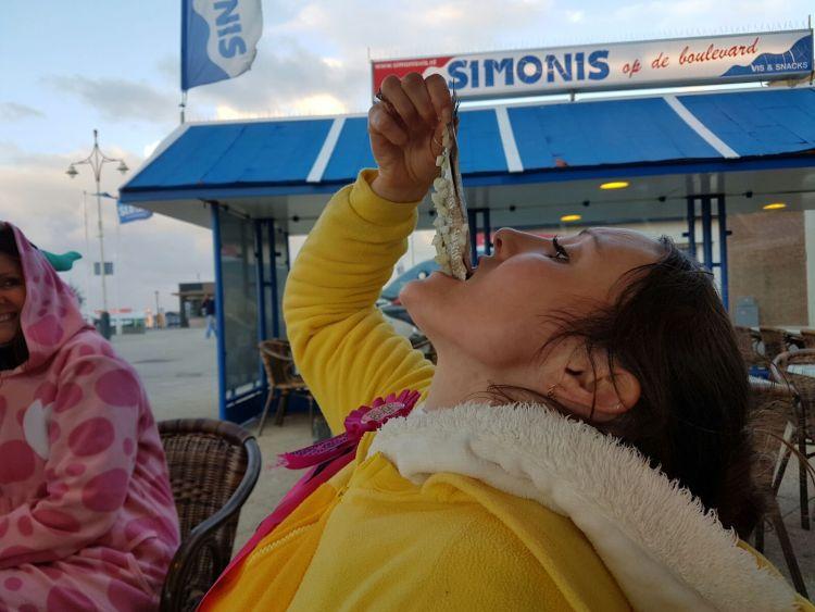 Savannah Grace eating herring rotterdamstyle