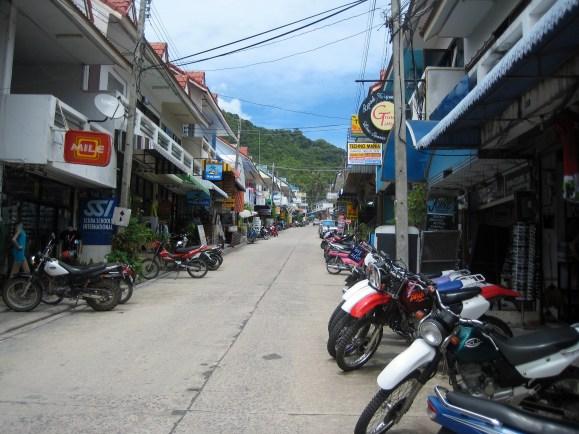 Mom Thailand 110