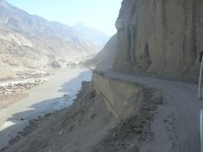 This road is to small- Karakoram highway