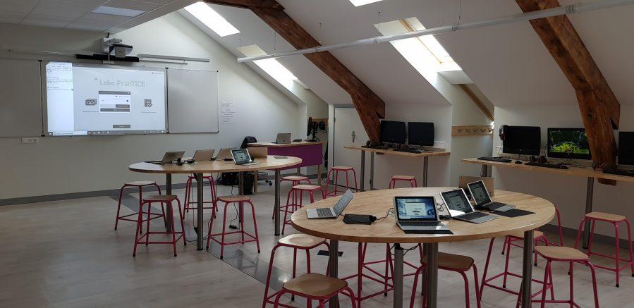 Salle de classe numérique et interactive
