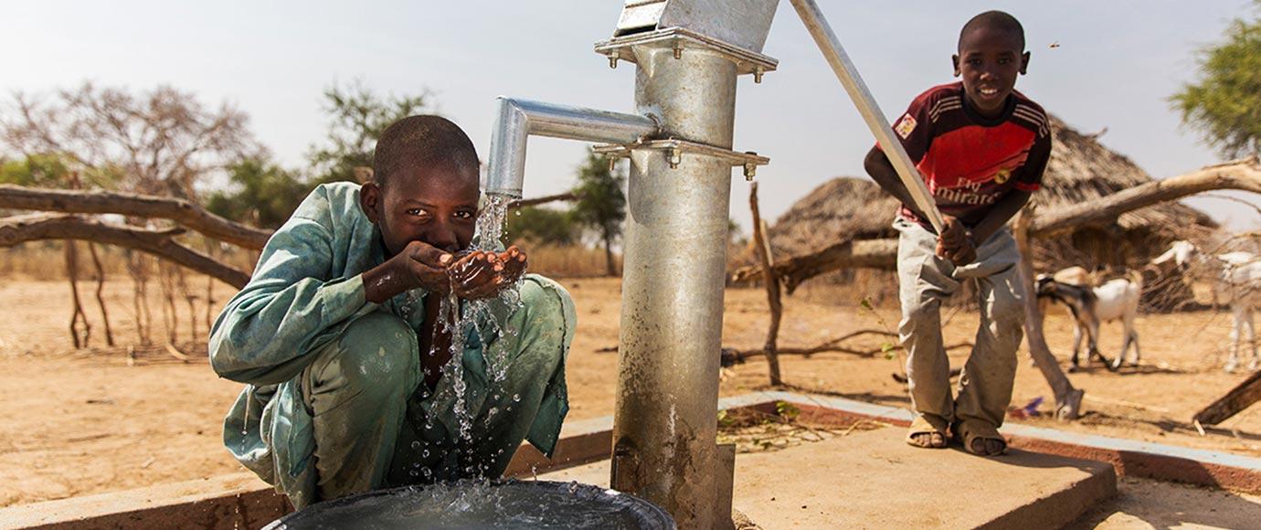 Afrika İnsani Yardım Faaliyetleri Su Kuyusu Açılması