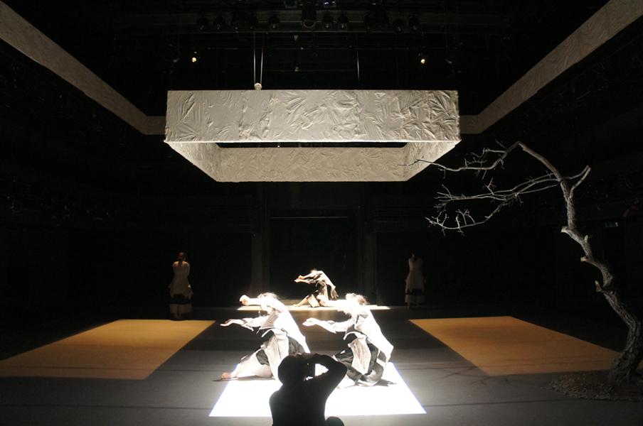 koreanartist_sijaebyun_contemporarydance_setdesign_space_dance_contemporary_stage18