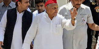 Mulayam Singh files nomination from Mainpuri