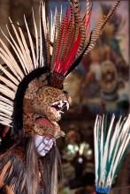 FEBRERO: Danza en homenaje a CuahtŽmoc. Ixcateopan, Guerrero (Prometeo Lucero)