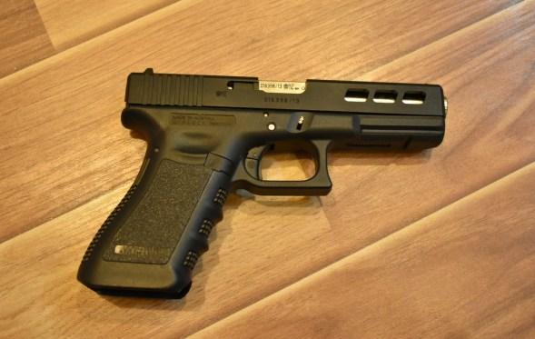 Pakistan Made Pistols Gun : Glock 17 Full Auto, MSA-Moon Star Arms