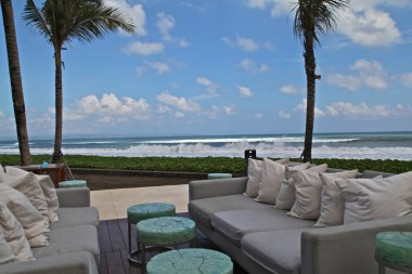 W-Retreat-&-Spa-Bali-Silencio-hotels-restaurant-starfish-bloo