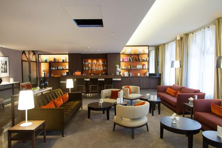 Hotel-Derby-Alma-Paris-Silencio-Bar 01