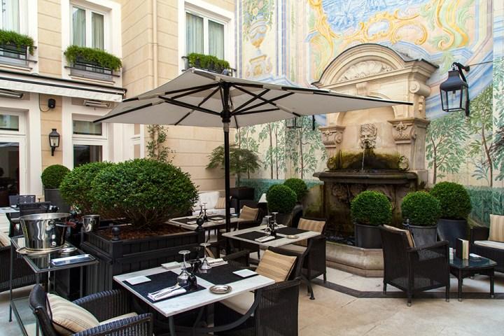 Hotel-Castille-Paris-Silencio-Patio