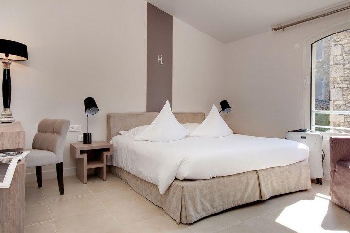 chambre-deluxe-hotel-image-st-remy-silencio