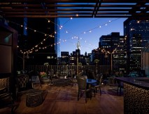rooftop-bar-newyork-upstairs-kimberly-hotel-silencio