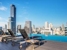 hotel-avec-piscine-toit-100-euros-bangkok-silencio-amara-bangkok