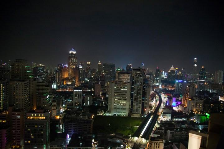 Sofitel-Bangkok-Sukhumvit-Silencio-vue rooftop