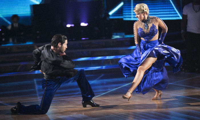 Big shoes to fill: Famous Dances theme on 'Dancing With The Stars'