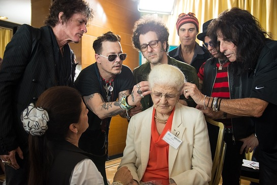 Johnny Depp Gives Gift Of Hearing With Hollywood Vampires In Portugal