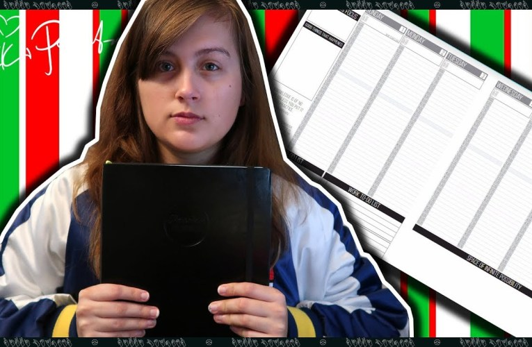 Vlogmas Day 16: Using The Passion Planner