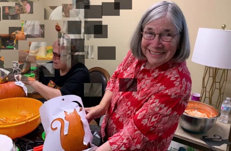 Alder Springs Deaf & Blind Community's First Pumpkin Carving Party