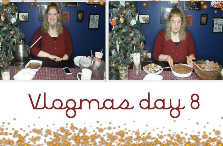 Easy, no bake, chocolate cheeseckake recipe|| Vlogmas day 8