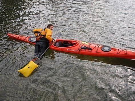 The paddle float rescue