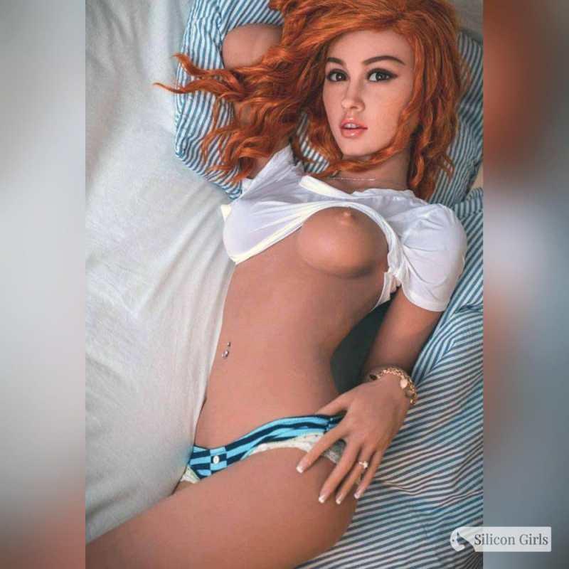 monique sex doll 13
