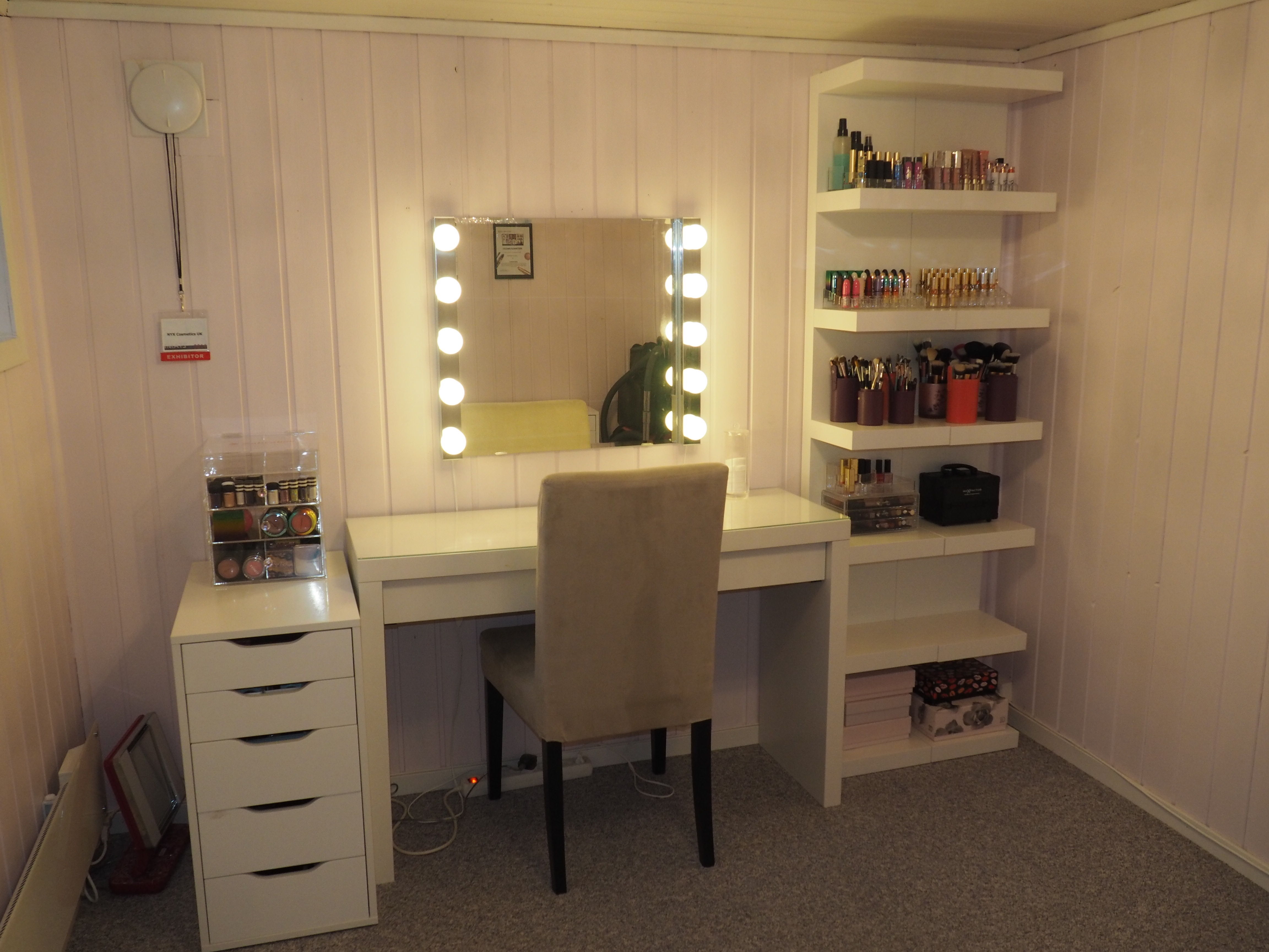 My makeup room | Silje Sundstrom on Make Up Room  id=20429