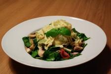 Spinach - Mushroom Salad