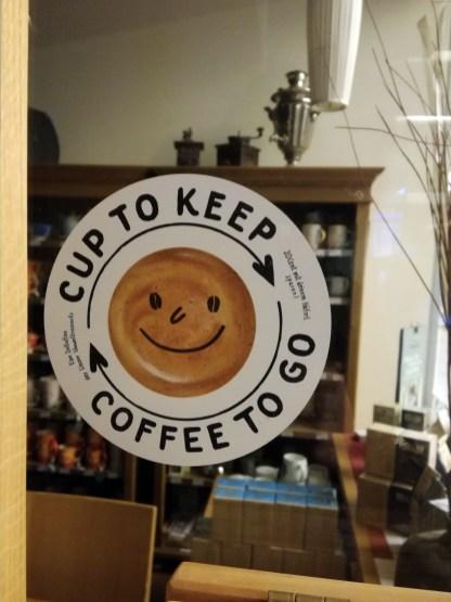 Sticker für die Läden, die Cup-to-keep anbieten