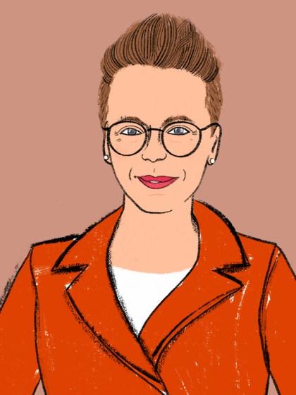 Ein Portrai von Stadträtin Magistrat Eva Schobesberger, von den Grünen Linz. Der Hintergrund ist sandfarben, sie trägt ein oranges Sakko, himbeerfarbenen Lippenstift und eine runde Brille. Die Illustration ist von Silke Müller, einer Linzer Illustratorin.