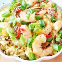 Thai Fried Rice with Chicken and Shrimp