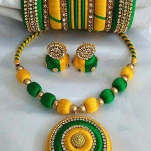 Yellow and green silk thread set