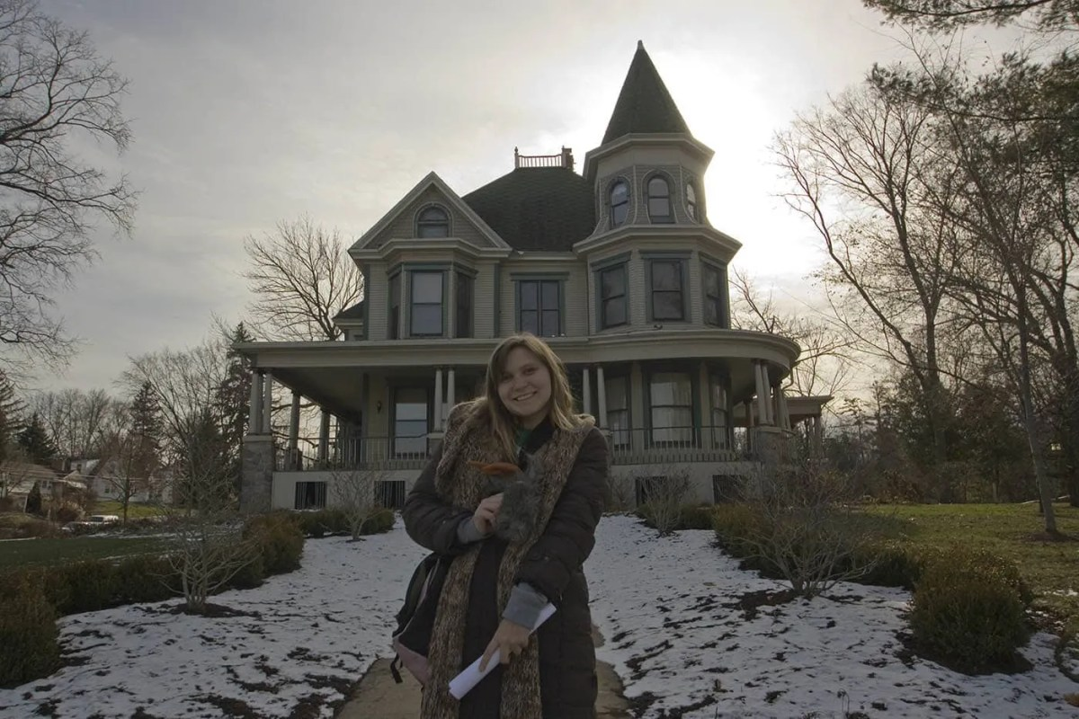 Groundhog Day Movie Filming Locations in Woodstock, Illinois