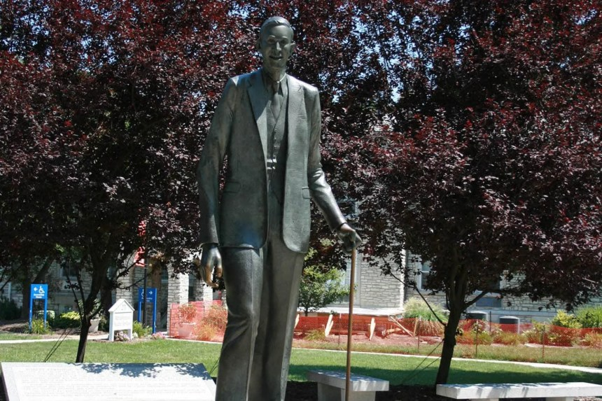 Statue of Robert Wadlow, the world's tallest man, in Alton, Illinois.