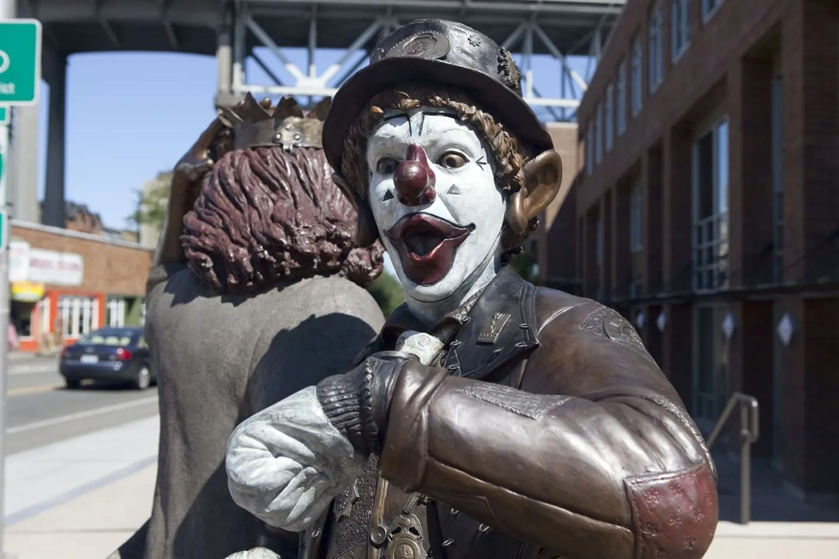 Late for the Interurban statue in Seattle, Washington