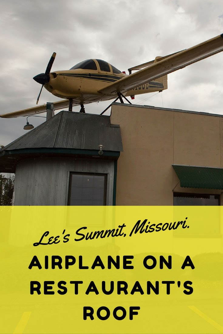 Airplane On A Restaurant S Roof In Lee S Summit Missouri