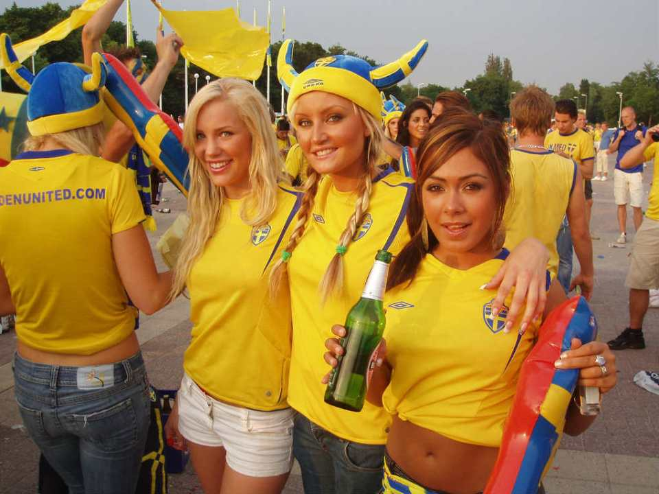 Sweden Countries With The Hottest Female Football Fans photos