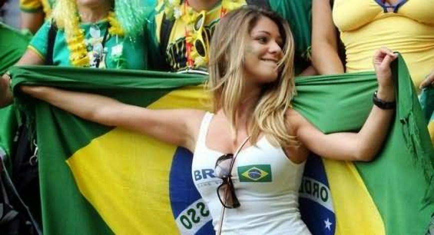 World Cup Teams With The sexiest Football Fans Brazilian sexy fans Brazil World Cup hottest female fans