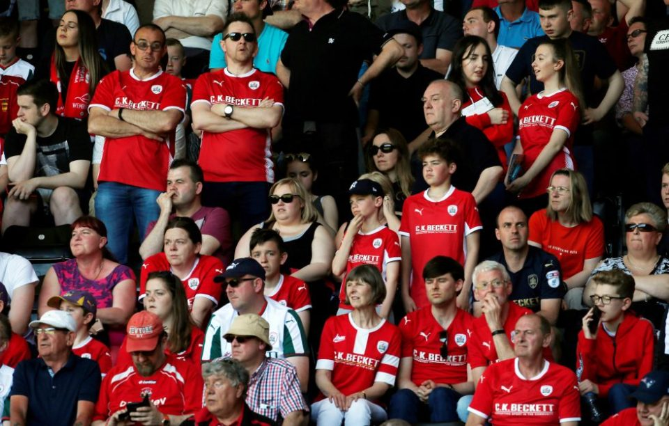 Barnsley fans 2020