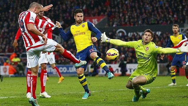 Fastest Premier League goal - Peter Crouch- Stoke City 3-2 Arsenal - 2014-12-06