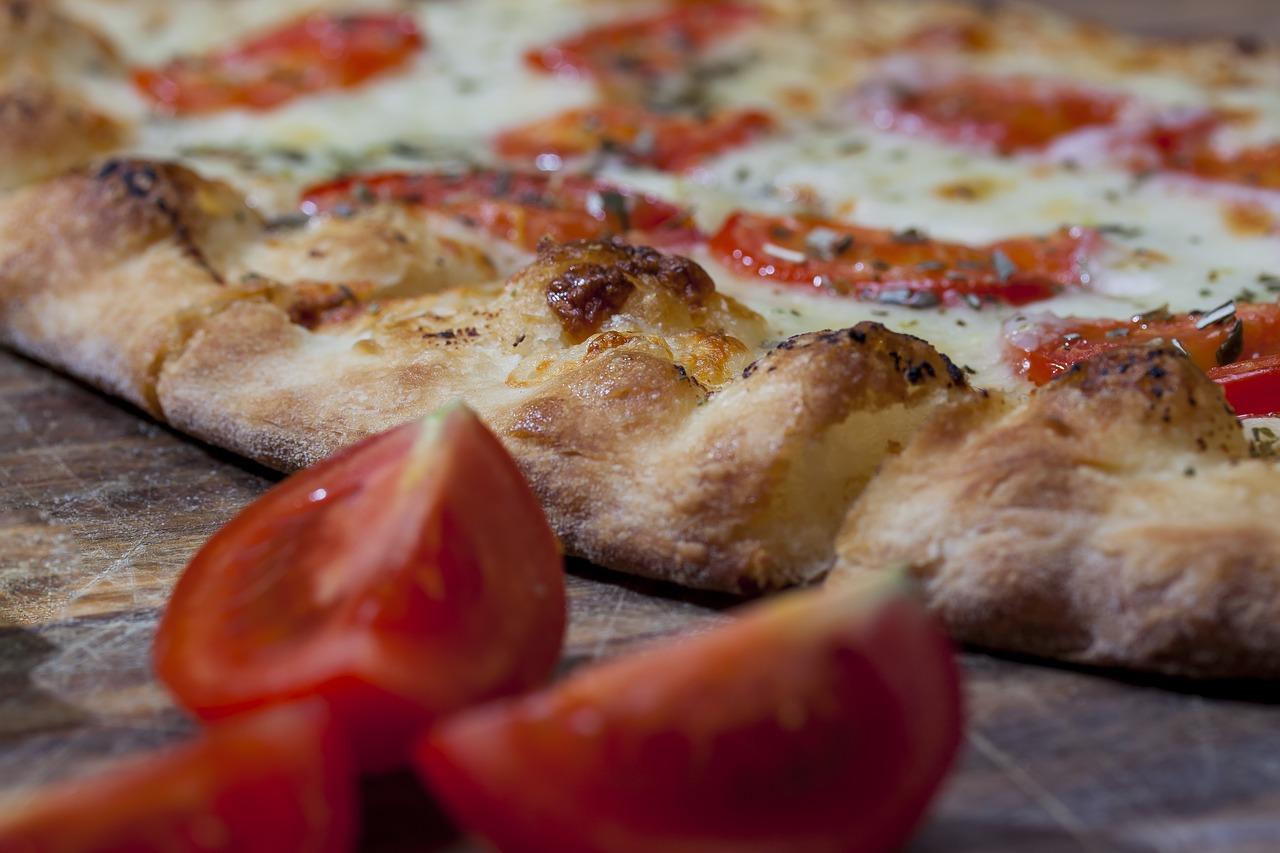 Supersnelle pizza: vanuit de pan zo de oven in