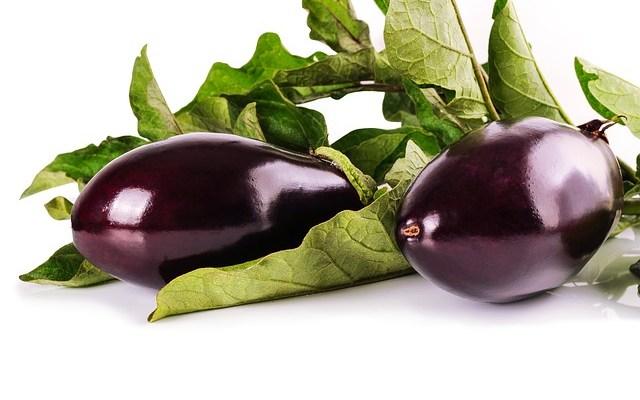 Gevulde aubergine: gehakt en Parmezaanse kaas