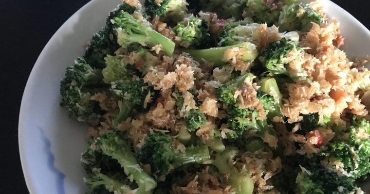 Urap Urap – een heerlijke zoete, maar kruidige groenteschotel