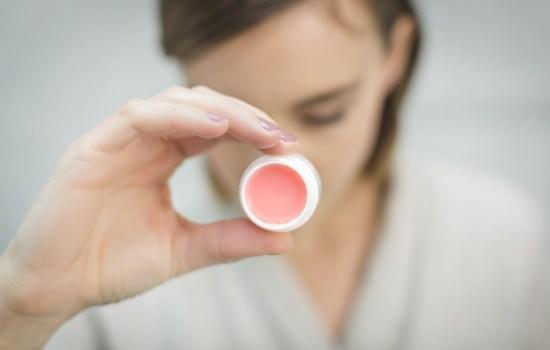 Zelf lippenstift maken van natuurlijke ingrediënten