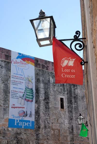 La Fortaleza San Carlos de la Cabaña se despide de la 20 Feria Internacional del Libro Cuba 2011, el 17 de Febrero de 2011, La Habana, Cuba. Foto: Calixto N. Llanes/Juventud Rebelde (CUBA)