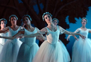 Mujeres bailarinas del Ballet Nacional de Cuba, el 15 de Noviembre de 2008, La Habana, Cuba. Foto: Calixto N. Llanes/Juventud Rebelde (CUBA)