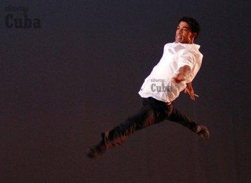 """Carlos Acosta interpreta """"Le Bourgeois (El Burgués)"""" durante el 21 Festival Internacional de Ballet de La Habana, el 6 de Noviembre de 2008, La Habana, Cuba. Foto: Calixto N. Llanes/Juventud Rebelde (CUBA)"""