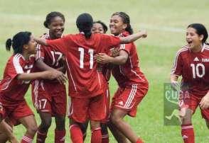 Las cubanas celebran su clasificación al Premundial de Fútbol Femenino sub-20 en Panamá, el 11 de enero de 2012, La Habana, Cuba. FOTO: Calixto N. Llanes (CUBA)